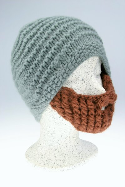 graue Mütze-brauner Bart